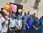 قيادات صحة الدقهلية تحتفل بعيد الفطر داخل مستشفى العزل مع الفريق الطبى