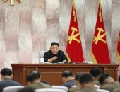 وكالة: كيم يتعهد بزيادة تعزيز الردع الحربي النووي لكوريا الشمالية