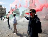 إيطاليون يتظاهرون ضد قرارات الحكومة الاقتصادية الخاصة بتداعيات كورونا