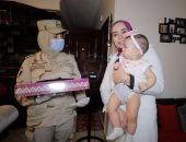 السيسى يقدم هدايا لأبناء وأسر الشهداء والمصابين بمناسبة عيد الفطر