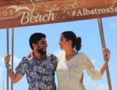 عروسان يقضيان شهر عسل طويل فى المالديف بالإكراه بسبب كورونا.. صور