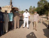 صور.. رئيس مدينة إسنا يقود جولة للمرور على المتنزهات والمقابر لمنع التجمعات