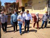 محافظ الشرقية يتابع أعمال تطهير قرية الرحمانية بعد وفاة ثلاثة أشقاء بكورونا