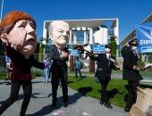احتجاجات فى ألمانيا للمطالبة بدعم قطاع السياحة والسفر