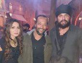 """نجلاء بدر وأحمد صلاح حسنى فى كواليس الحلقة الأخيرة من """"الفتوة"""""""