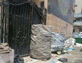 تراكم القمامة أمام قصر المجوهرات ومحطة ترام كلية الفنون بالإسكندرية