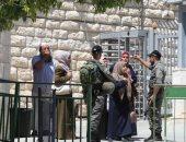 قوات الاحتلال تمنع مؤذن الحرم الإبراهيمى من رفع أذان الفجر ودخول المواطنين