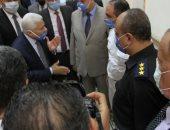 صور.. رئيس محكمة النقض يتفقد سير العمل بالمحكمة فى أول أيام العمل