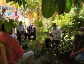 قيادات شباب الأقصر يجتمعون فى حديقة المديرية تطبيقاً للإجراءات الإحترازية
