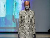 زمن الموضة الغريب.. الكمامة تسيطر على عالم أزياء 2020 بسبب فيروس كورونا