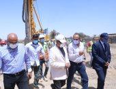 وزير النقل: ننفذ 8 محاور على النيل بـ 12 مليار جنيه لربط شرق وغرب النيل
