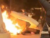 لم يتركوا أحدا فى أمان.. مخربون يحرقون ممتلكات مشرد بأمريكا.. فيديو وصور