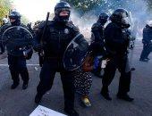القضية وحدتهم.. سكان واشنطن يؤون المتظاهرين لحمايتهم من قبضة الشرطة.. صور