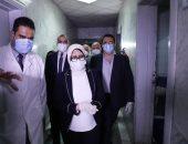 """وزيرة الصحة توجه بنقل طفل يعاني من كورونا ومتلازمة داون إلى """"عزل العجمي"""""""