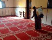 مسافات 1.5 متر بين المصلين وارتداء كمامة.. 10 ضوابط لفتح المساجد