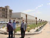 """مساعد نائب رئيس """"المجتمعات العمرانية"""" يتفقد مشروعات الإسكان بالسادات"""