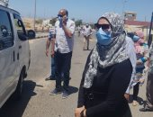 رئيس مدينة سفاجا محذرةً السائقين : عقوبة وغرامة لمن لا يرتدى الكمامة..صور