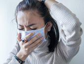 هل تنتقل عدوى كورونا من الأذن وهل تنقل دموع شخص مصاب الفيروس؟