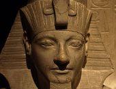 """حور محب قائد عسكرى أحبه """"توت عنخ آمون"""" قضى على الفاسدين وأعاد لمصر هيبتها"""