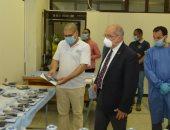 رئيس جامعة أسيوط : لدينا مخزون آمن من المواد الخام المستخدمة في إنتاج الكمامات