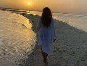 بصورة على البحر وتحت أشعة الشمس.. نيللى كريم تشعل غموض زواجها سرا من جديد