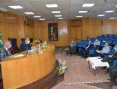 محافظ المنيا يشدد على متابعة ملف الصحة وتطبيق إجراءات مواجهه كورونا