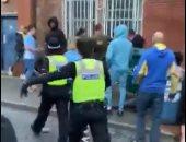 الشرطة الإنجليزية تعتدى على متظاهرى نبذ العنصرية فى كوفنترى.. فيديو وصور