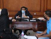 صور.. نائب محافظ قنا يستمع لشكاوى عدد من المواطنين