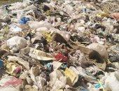 سيبها علينا.. قارىء يشكو من انتشار القمامة فى شارع دنشواى بالمنوفية