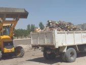 رئيس مدينة إسنا: رفع 24 طن قمامة من القرى لمكافحة انتشار العدوى والأمراض