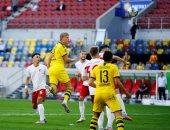 بوروسيا دورتموند يواصل ملاحقة البايرن على قمة الدوري الألماني