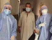 خروج أول حالتين مصابين بفيروس كورونا من مستشفى مطاى بعد إتمام شفائهما