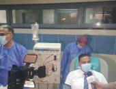 صور وفيديو.. محافظ الدقهلية بعد التبرع بالبلازما: هدفى إنقاذ مريض كورونا