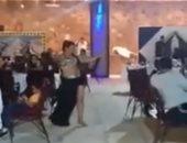 نشطاء يتداولون فيديو لفندق ينظم حفلا بالمخالفة للضوابط.. والإدارة تنفى: قديم