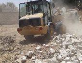 صور.. إزالة 26 حالة تعدى على الأراضى الزراعية وأملاك الدولة بسوهاج