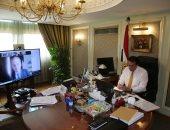 وزير التعليم العالى يبحث تبادل الخبرات فى القطاع الطبى مع سفير بلاروسيا