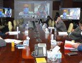 وزير الإسكان يعقد  3 اجتماعات فى يوم واحد لمتابعة معدل تنفيذ المشروعات