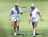 يتجاهل الكورونا .. جاستين بيبر يلعب الجولف مع أصدقاءه في لوس أنجلوس .. صور