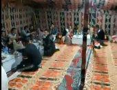 فيديو.. حفاوة استقبال العائدين من ليبيا.. ومحافظ مطروح يكشف تفاصيل عودتهم