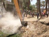 حماية النيل بالأقصر تنفذ 13 قرار إزالة تعديات لمبانى وأسوار بالطوب الأبيض