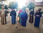 """أحد العائدين من ليبيا: """"المصريين هناك فى خطر ومش مصدق إنى رجعت بلدى"""""""