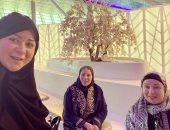 مى نور الشريف تحتفل بعيد ميلاد خالتها الفنانة نورا: منورة حياتي