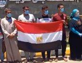 فرحة عارمة للعائدين من ليبيا فور وصولهم لبنى سويف.. فيديو