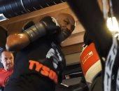 مايك تايسون يواصل تدريباته الحماسية فى الملاكمة.. فيديو