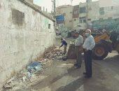 رئيس مدينة الحسينية: رفع قمامة من أمام لجنة معهد الفتيات الأزهرية