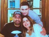 أحمد السقا يحتفل بعيد ميلاد زوجته مها الصغير  بصورة مع ابنهما وخرزة زرقا