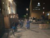 صور.. تعقيم وتطهير المستشفى العام والمنشآت الحيوية بوسط مدينة الأقصر