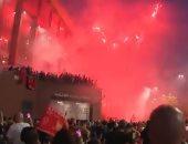 ألعاب نارية فى سماء ليفربول.. جمهور الريدز يحتفل بلقب الدورى × 4 فيديوهات