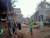 أهالى قرية المريس والحاجر بمحافظة الأقصر يطهرون الشوارع ضد فيروس كورونا