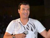 إيهاب توفيق يعيش حالة من النشاط الفنى بكليب وأغنية وطنية و2 سينجل